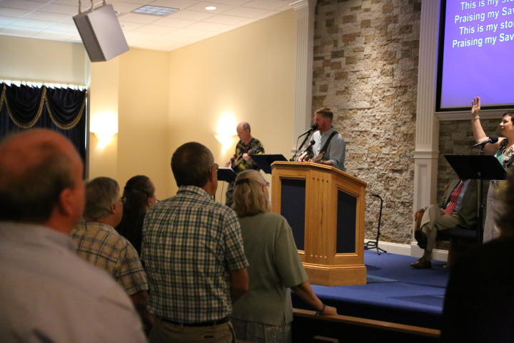 Worship service at Calvary Chapel Mechanicsville